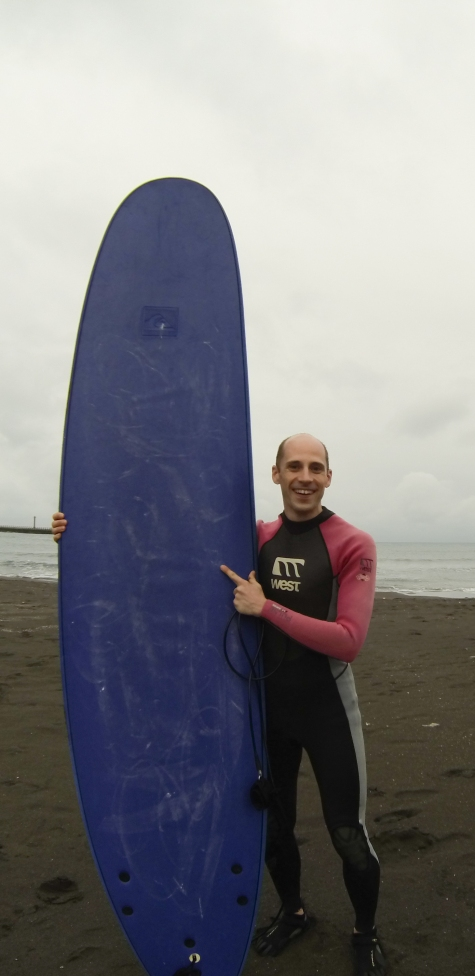 Here we go with my beginner surf board :)