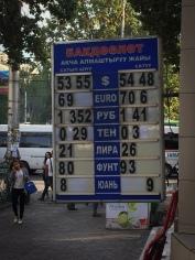 1 € = 70 Som